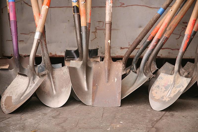 штыковая лопата2